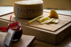 Ser ziołowy jest produkowany wyłącznie dla rodziny Butul