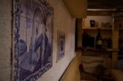 Ceramiczny obraz podarowali goście z Portugalii